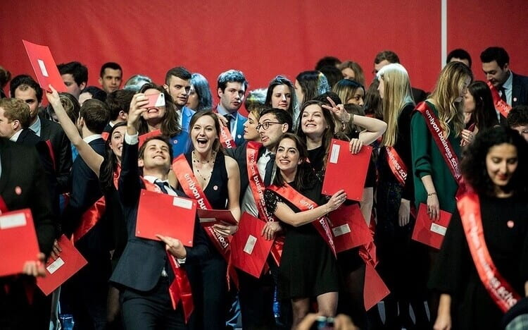 This French Business School Offers Guaranteed Scholarships To All Its Female MBA Students